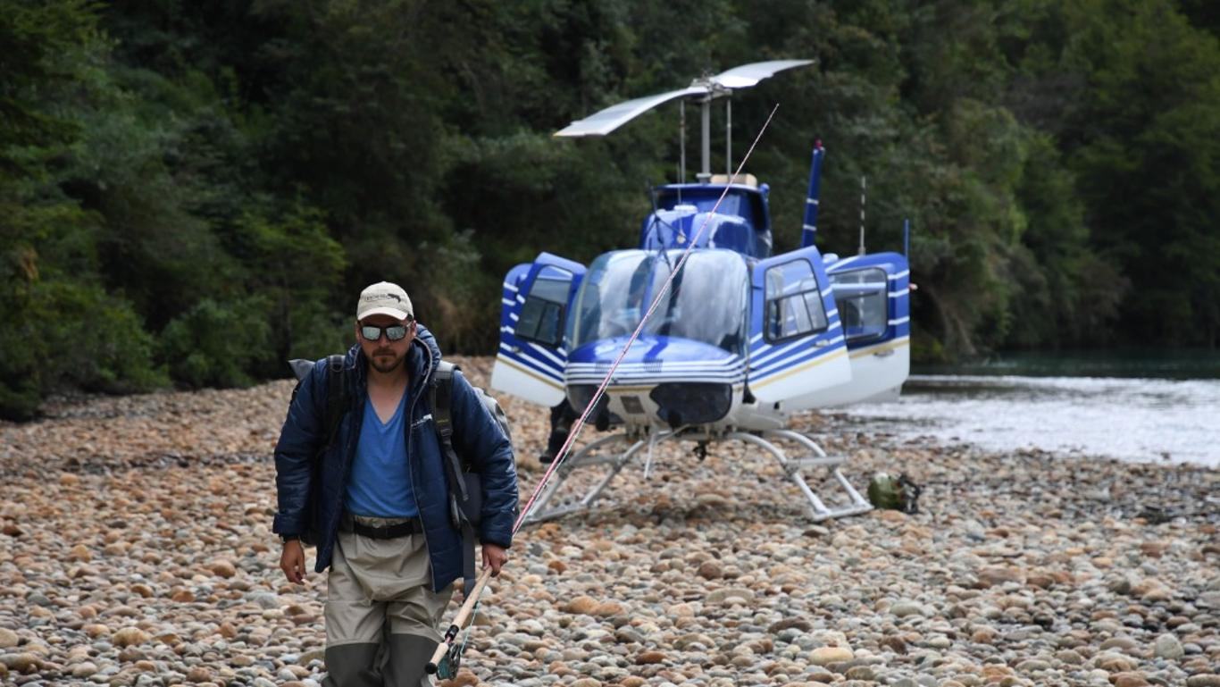 Chrome River - Heli-fishing - Chile